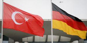 Berlin'de Türk Alman zirvesi
