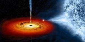 Maddenin saniyede 100 bin kilometre hızda kara deliğin içine düştüğü gözlendi