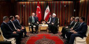 Erdoğan, Ruhani ve Abe ile görüştü