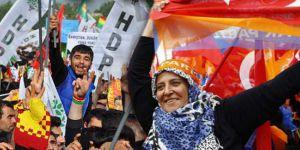 Hakan: AK Parti ile HDP Aynı Safa Düşmüş Gibi…