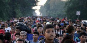 ABD'ye doğru yol alan göçmenlerin sayısı 7 bini geçti