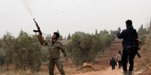 Afrin'de silahlı grupların 'zeytin' kavgası: 15 yaralı