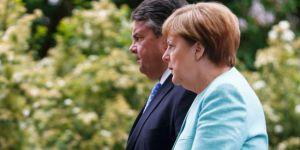 Gabriel: Merkel'in başbakanlığı en geç Mayıs'ta biter