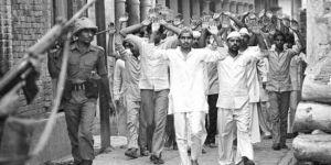 Hindistan'da Müslümanları öldüren 16 eski polise idam