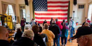ABD'de Temsilciler Meclisi'nde çoğunluk Demokratlara geçti