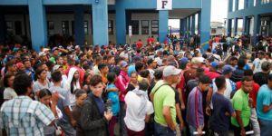 3 milyondan fazla Venezuelalı ülkeyi terk etti