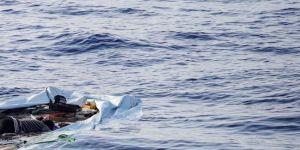 İzmir'de göçmenleri taşıyan tekne battı: 10 kişi kayıp