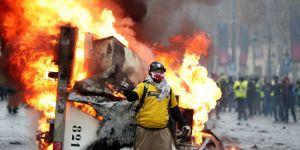 Fransa'da polis sendikasından Sarı Yelekler'e destek