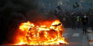 Sarı Yelekliler: Dördüncü perde bitti, Macron çözüm için yeni önerilerini sunacak