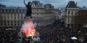 Ukrayna: Paris'teki protestolarda 'Kremlin'in eli' var