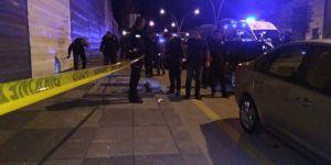 Ankara'da iki polis, hastanede doktorları ve hastaları rehin aldı