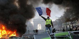 Paris: Sarı Yeleklilerin hedefi hükümeti devirmek