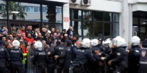 İzmir'de eylem yapan işçilere polis müdahalesi: Çok sayıda gözaltı