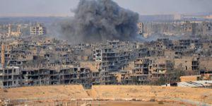 Suriye medyası: Koalisyonun vurduğu köydeki ölü sayısı 30'u aştı
