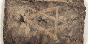 Diyarbakır'da deri üzerine altın yazmalı 1200 yıllık İncil ele geçirildiİHA