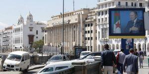 Cezayir'de 'okulda namaz kılınması yasağı' tepkiye yol açtı