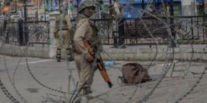 Keşmir'de askeri konvoya saldırı: 10 ölü