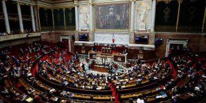 Fransa'da Baba, 'Ebeveyn 1' Anne, 'Ebeveyn 2' olarak değiştirilecek
