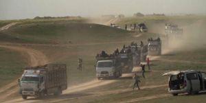 Baghuz'dan sivillerin kamyonlarla tahliyesi sürüyor