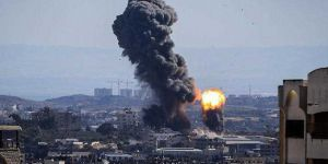 Terör Rejimi İsrail'den Gazzeye Hava Saldırısı