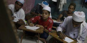 Arakanlıların kısıtlı yaşamı Malezya'da da devam ediyor