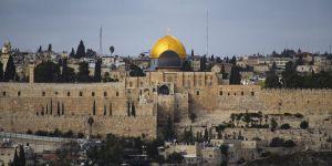 İsrail Filistinlileri Aksa'dan uzaklaştırma cezalarına devam ediyor