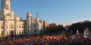 Bağımsızlık için Madrid'de gösteri