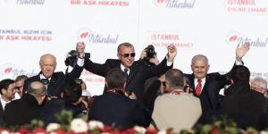 Selvi: Belli ki parti tabanından bazı sinyaller Erdoğan'a ulaşmış