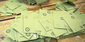 AK Parti, İstanbul'da 38 ilçedeki oyların yeniden sayılmasını istedi
