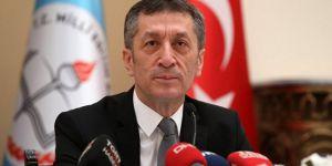 Bakan Selçuk'tan 'bölgelere göre tatil' açıklaması