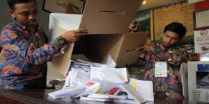 270'ten fazla seçim görevlisi yorgunluktan hayatını kaybetti