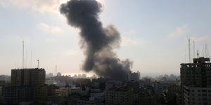 İsrail Gazze'de AA ofisini vurdu