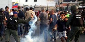 Venezüella'da darbeye katılan vekillerin dokunulmazlıkları kaldırılacak