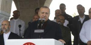 Erdoğan: Genç kuşaklar ile camilerimiz arasında yapay duvarlar örmemeliyiz