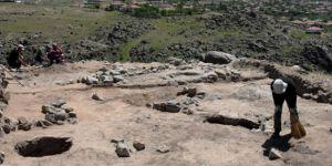 Hitit dönemine ait 9 yapı katı bulundu