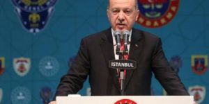 Erdoğan: İçeriden saldıranlara hesabını sorarız