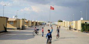 AB'den Türkiye'deki Suriyelilere 2.22 Milyar Euro