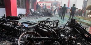 Endonezya'da 154 mahkum firar etti