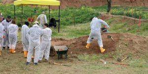 Kürtlere ait 3 toplu mezar daha bulundu