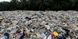 Gelişmiş ülkelere karşı açılan 'çöp savaşına' Malezya da katıldı: 3 bin ton plastik atık geldiği yere gönderilecek