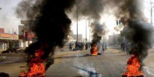 Sudan'da gösterilere ateş açıldı: 9 ölü
