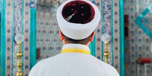 Bayram vaazındaki sözleri tepki çeken imam açığa alındı