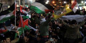 Gazzeliler Sokaklara Döküldü