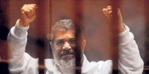 Ülke Genelinde Şehid Mursi İçin Cenaze Namazı Kılındı