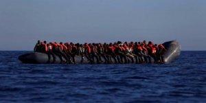 Göçmen botu battı:80 kişi kayıp