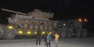 Suriye Sınırına Tank ve Obüs Sevkiyatı