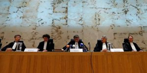 Avrupa Adaleti Katliamdan Hollanda'yı Kısmen Suçladı