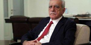 Belediye başkanlığı feshedilen Ahmet Türk'ten ilk yorum