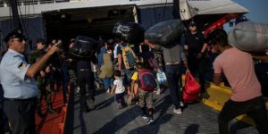 Moria Kampı'nda Mültecilere Hayat İşkence