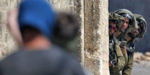 İşgal askerlerinden Batı Şeria'ya baskın: 14 Filistinli gözaltında